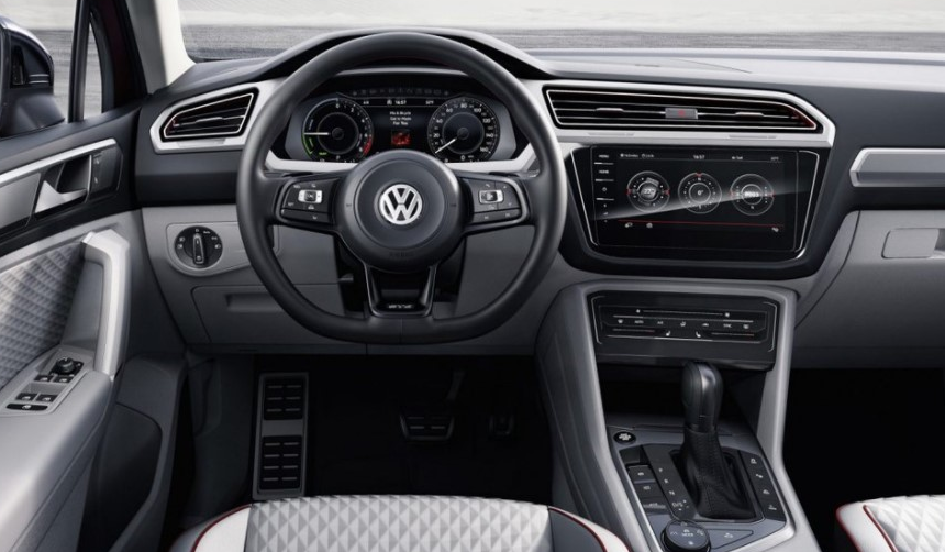 2020 VW Passat Interior