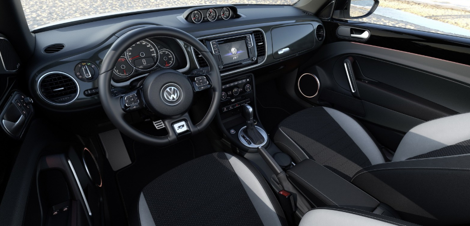 VW Beetle 2020 Interior