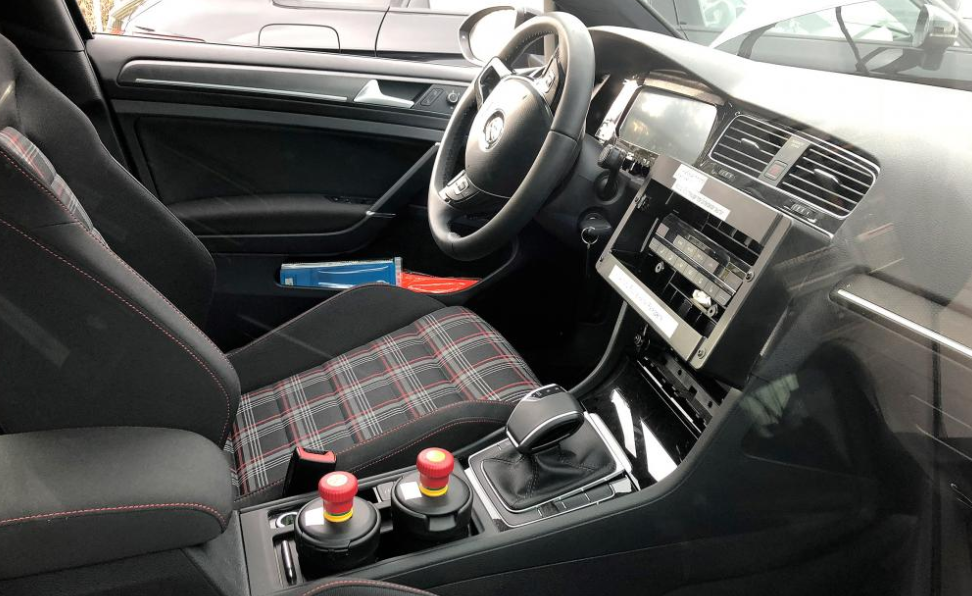 Volkswagen Golf 2020 Interior