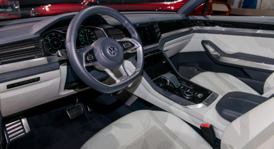 2020 VW Atlas New Engine Performance Interior