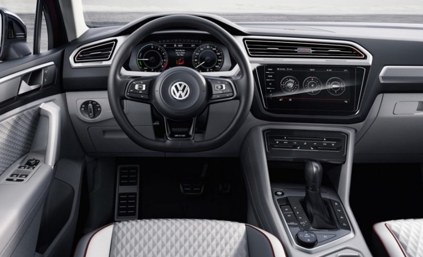 volkswagen tiguan limited motion price interior vw specs news
