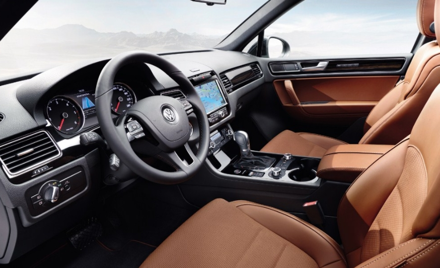 2020 Volkswagen Tiguan Limited 2.0t 4motion Interior