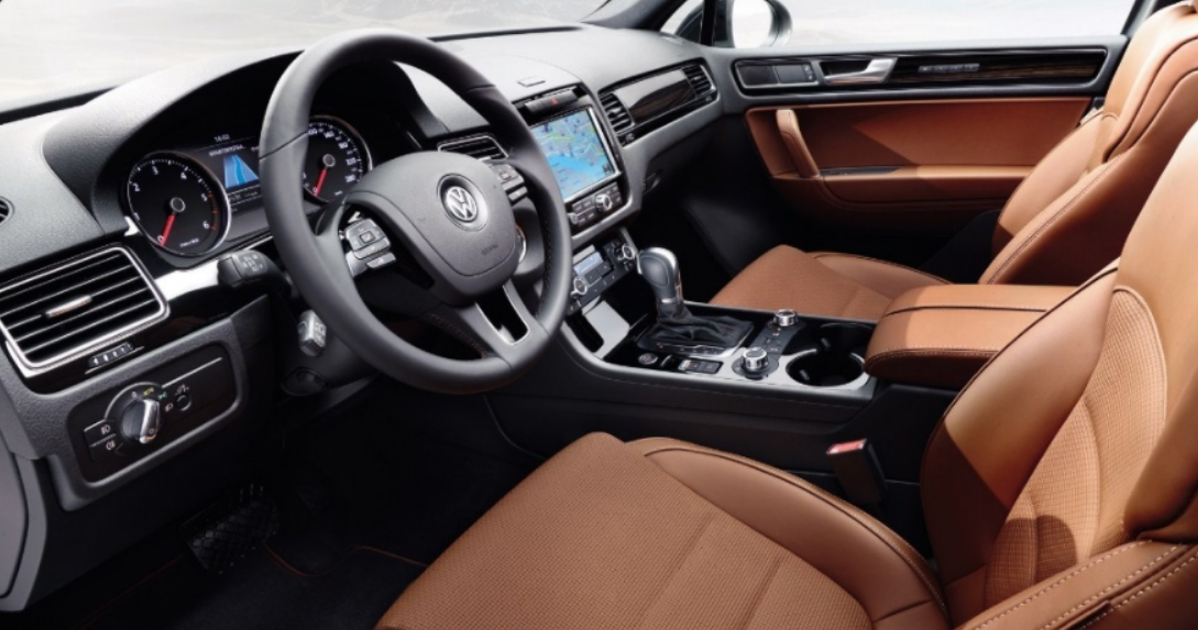 2020 Volkswagen Tiguan Limited 2.0t Engine Performance Interior